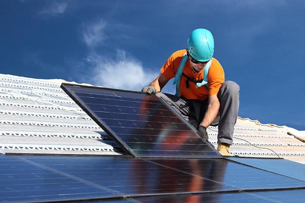 Meister Solar übernimmt Ihre Solar Anlagen Installation